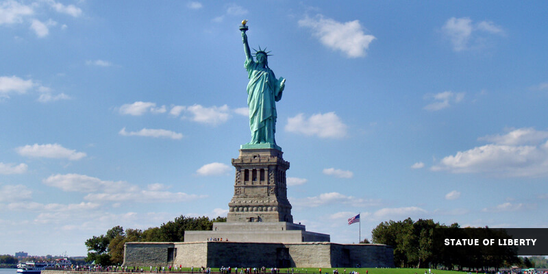 Famous Landmarks in North America - The Statue of Liberty
